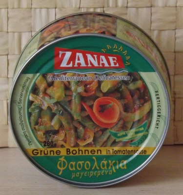 Фасоль стручковая зеленая в томатном соусе