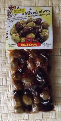 Зеленые и Темные оливки с Буково и Орегано